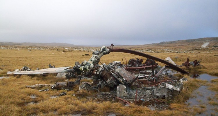 helicopter crash, three sisters