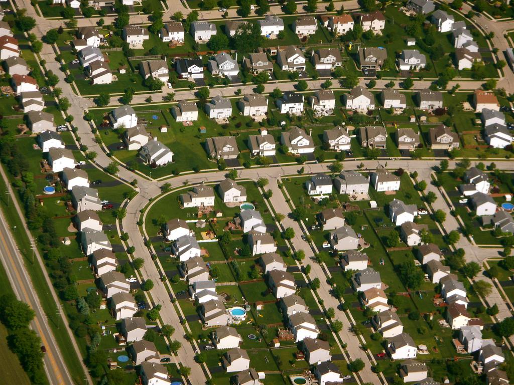 Red dress urban vs suburban