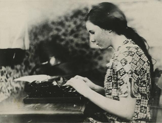 Barbara Newhall Follett
